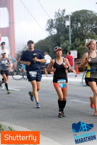 Race photo rules #23: there always has to be at least one photo where I have a packet of Gu in my hand.